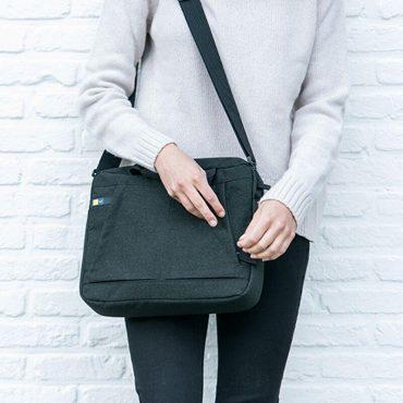 حقيبة يد مريحة Huxton مقاس 14 إنش من CASE LOGIC - أسود
